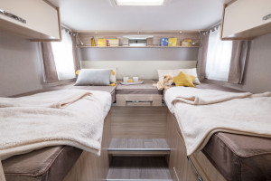 Camping-car-integral-lit-jumeaux-WINCESTER-70-LJG-Florium-Wincester